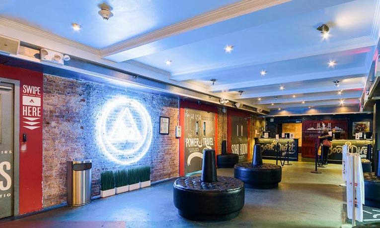 Дизайн современного фое гостиницы